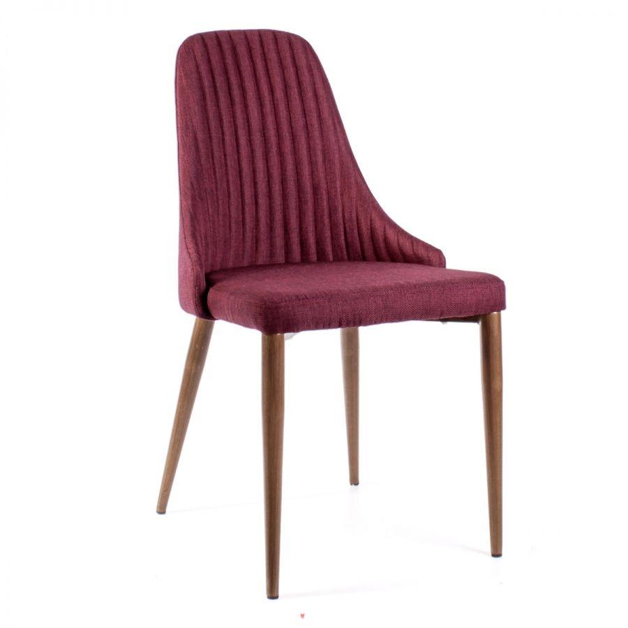 Малиновый стул